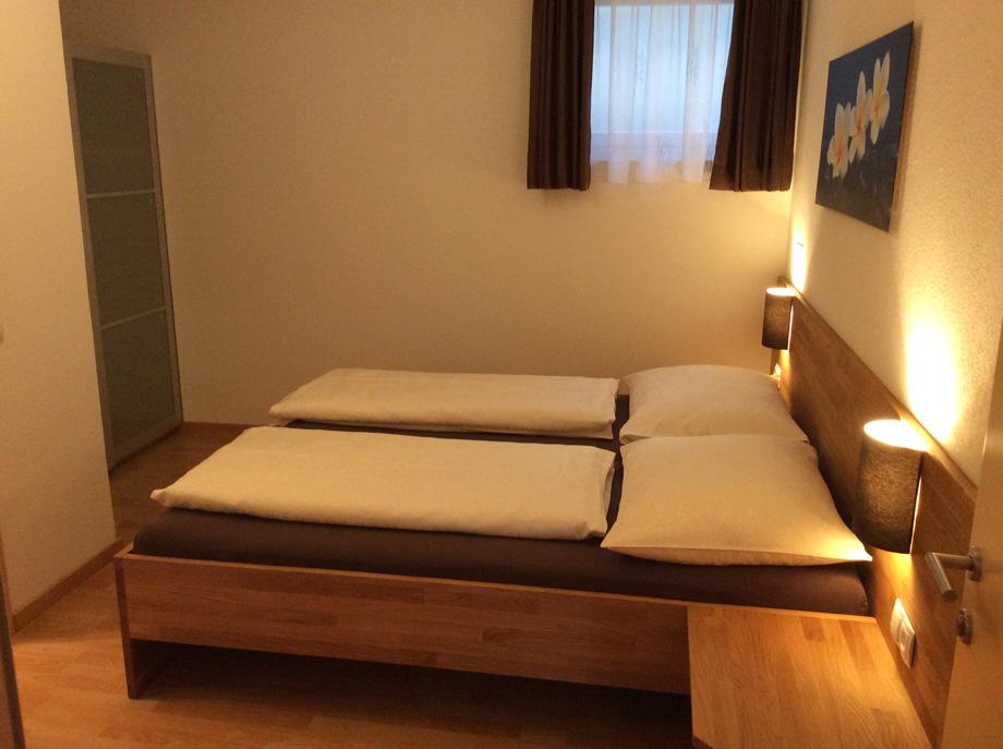 Schlafzimmer 1 (Aifnerwohnung)